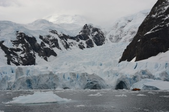 Antarctique   Photo © 2017 Mathieu Robert